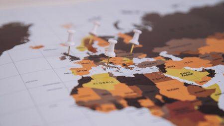 بررسی راه های اخذ اقامت اروپا