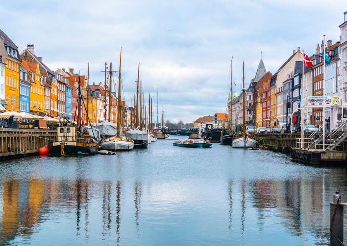 مراحل برنامه کادر درمانی دانمارک