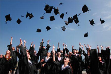 پذیرش دانشگاه های کانادا بدون مدرک زبان